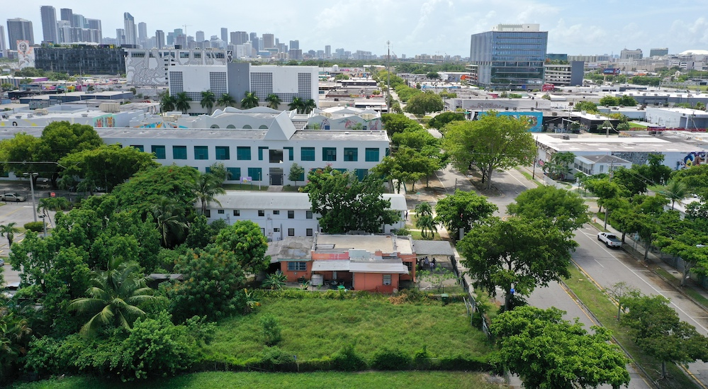 7   aerial view of wynwood five lot